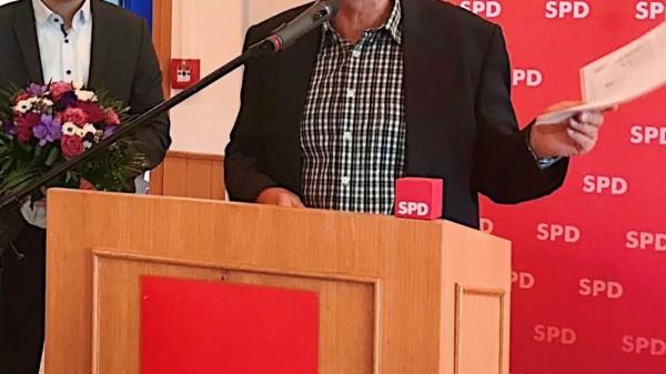 SPD-Vorsitzender Maximilian Schmidt (l.) und AKH-Betriebsratsvorsitzender Ralf Laumert